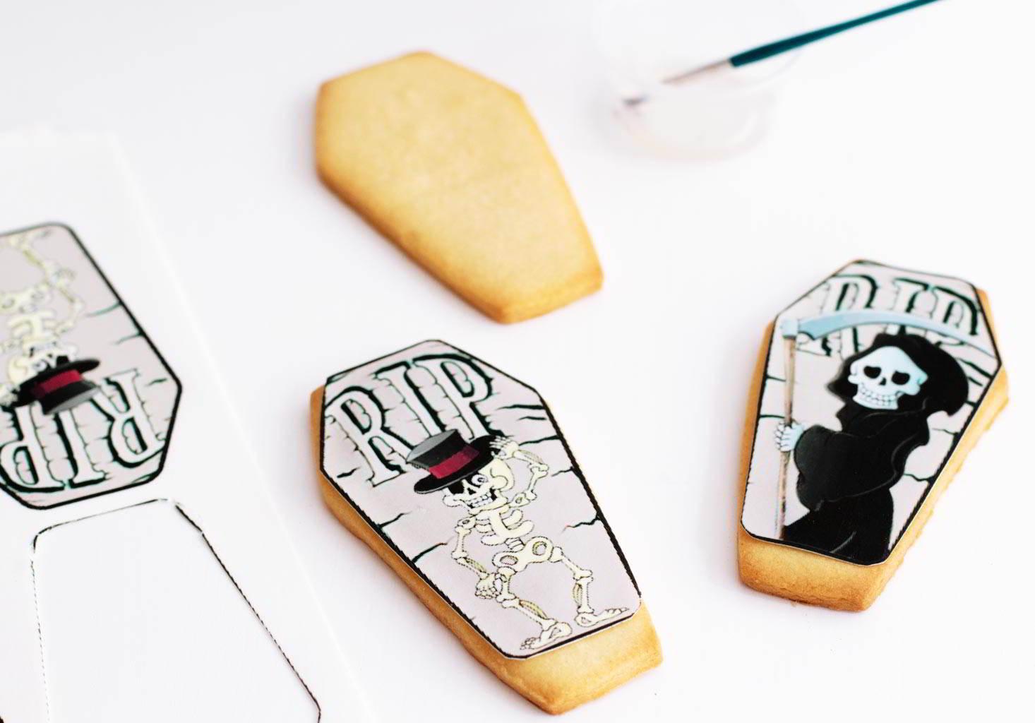 Cómo pegar impresiones comestibles en galletas